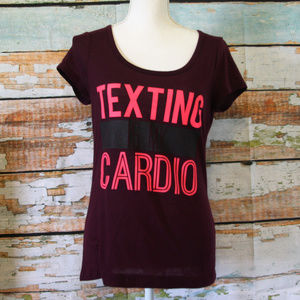 """3 for 20$ """"Texting is my Cardio"""" T-shirt Size Lg"""